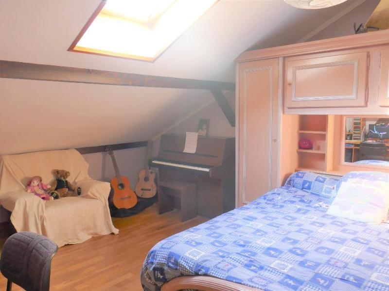 Sale house / villa Les neyrolles 237000€ - Picture 4