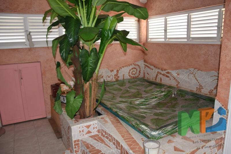 Vente de prestige maison / villa Fort de france 599000€ - Photo 12