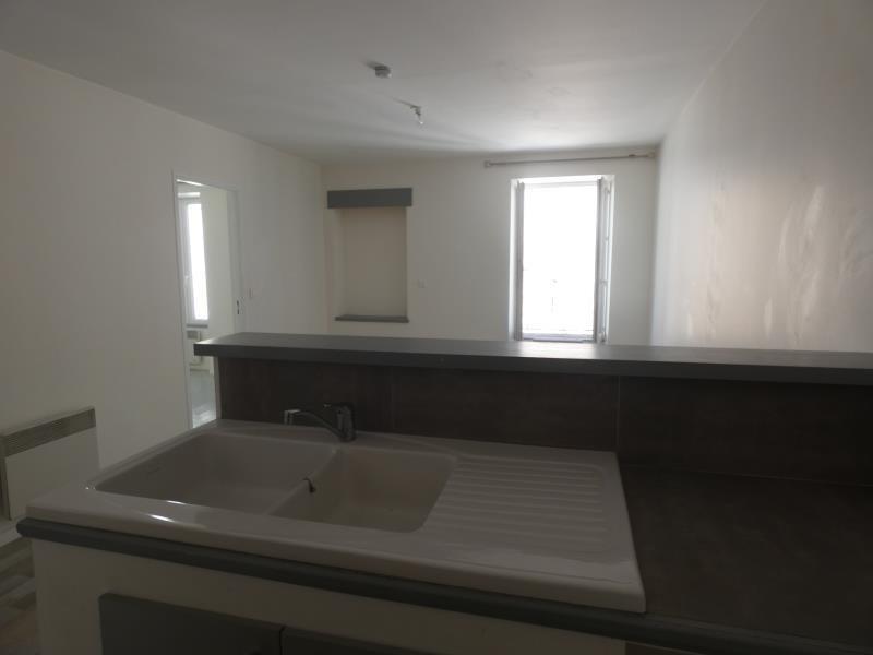 Location appartement Le teil 390€ CC - Photo 2