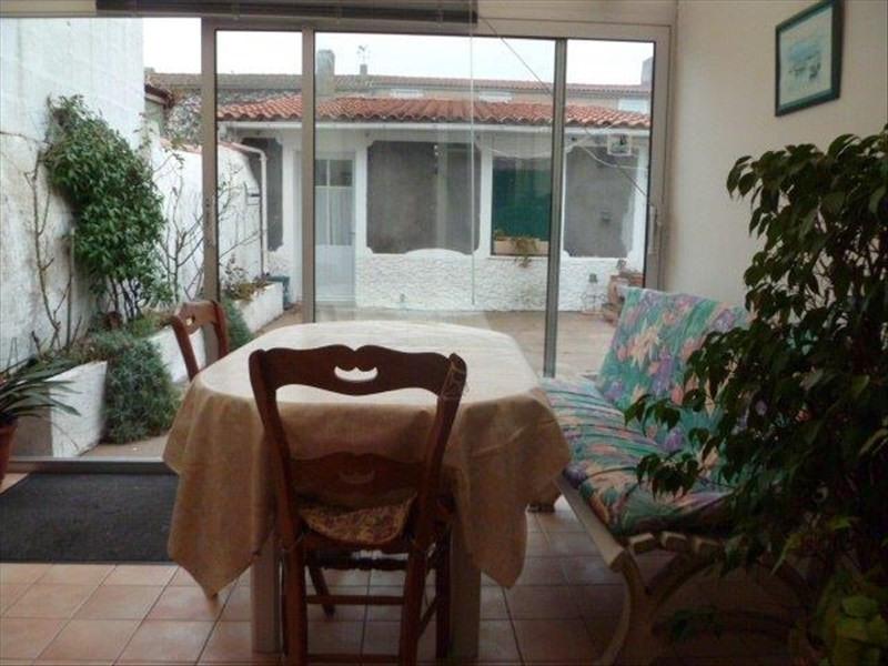 Vente maison / villa Le chateau d oleron 210000€ - Photo 4