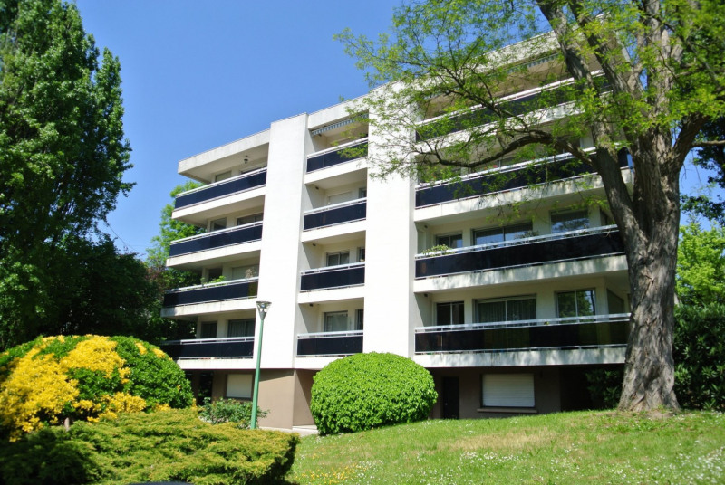 Sale apartment Le raincy 395 000€ - Picture 1
