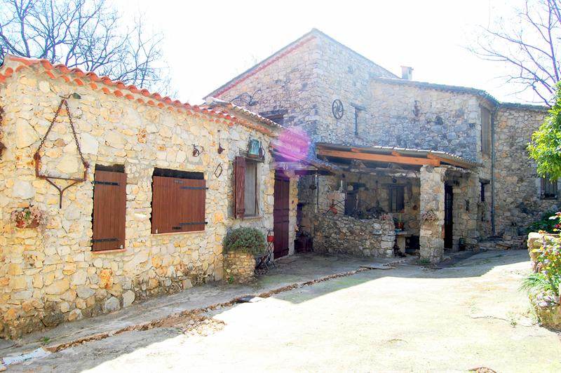 Престижная продажа дом Tourrettes 1575000€ - Фото 16