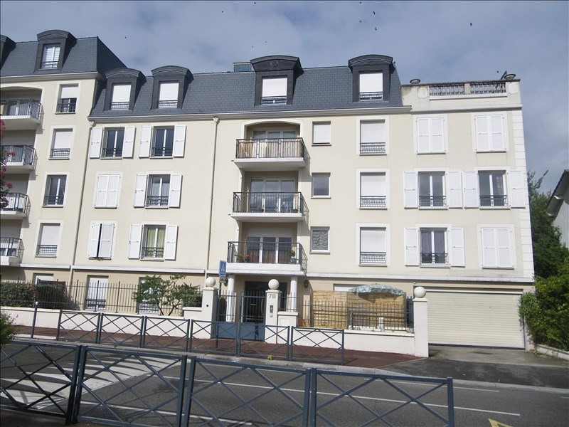Deluxe sale apartment Franconville 237 000€ - Picture 1