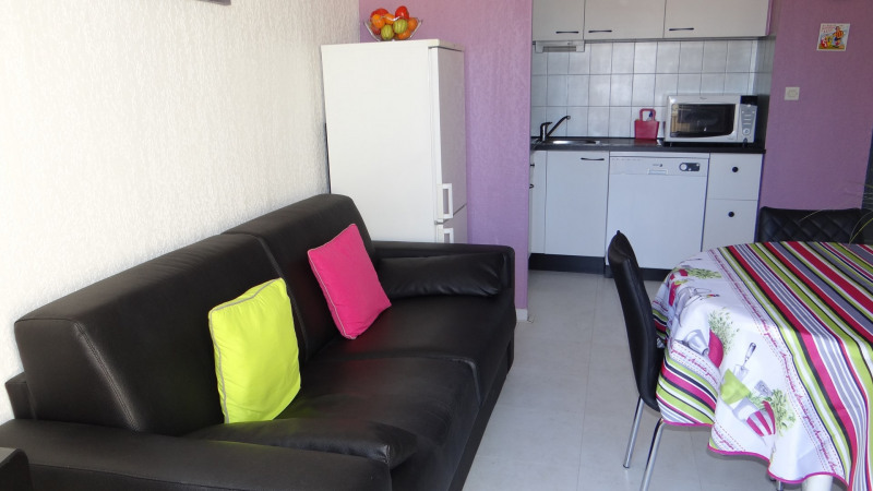 Vacation rental apartment Cavalaire sur mer 550€ - Picture 7