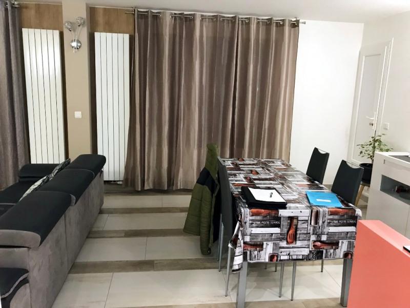 Sale apartment Livry gargan 202000€ - Picture 2