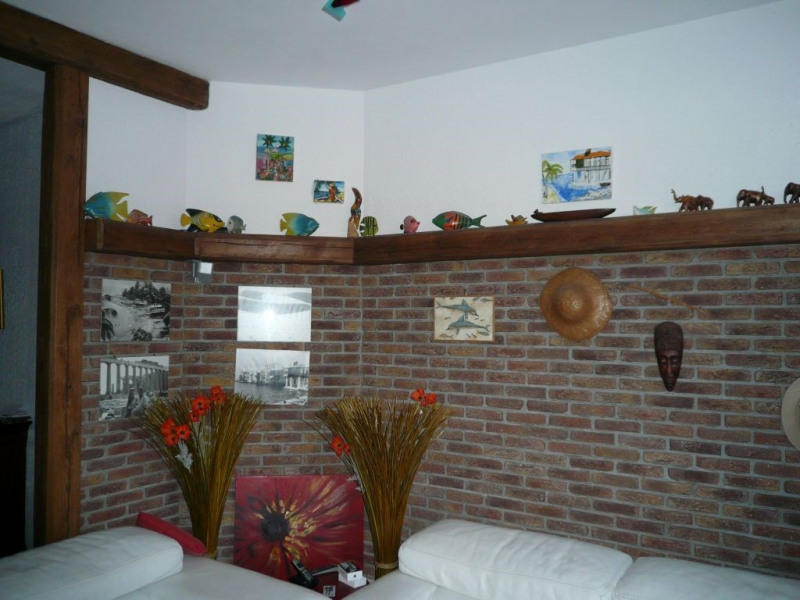 Rental house / villa Saint quentin 620€ CC - Picture 1
