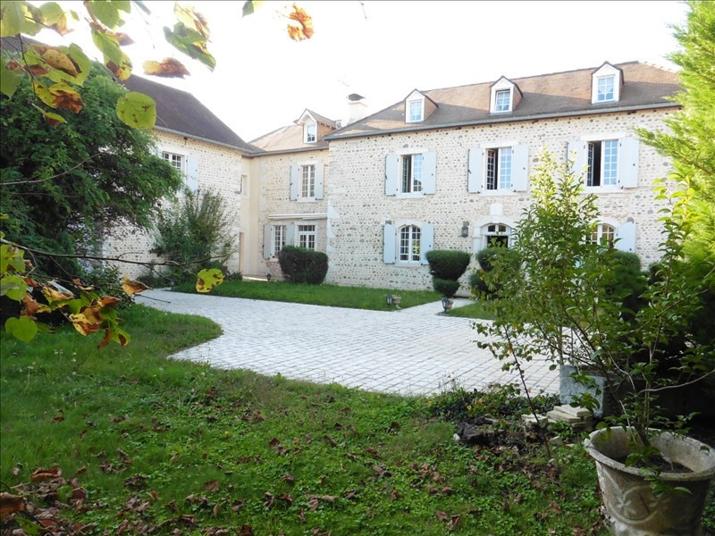 Deluxe sale house / villa Lons 699 000€ - Picture 1