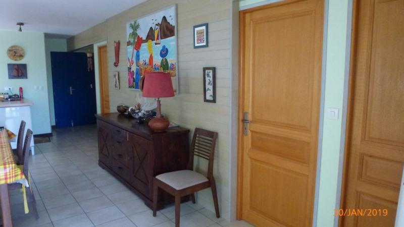 Sale house / villa Ste anne 399000€ - Picture 8
