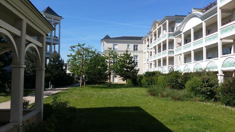 Sale apartment Montevrain 250000€ - Picture 1