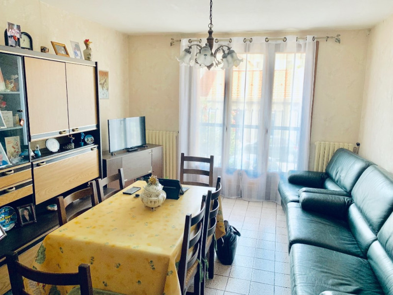 Investment property apartment Marseille 79 000€ - Picture 2