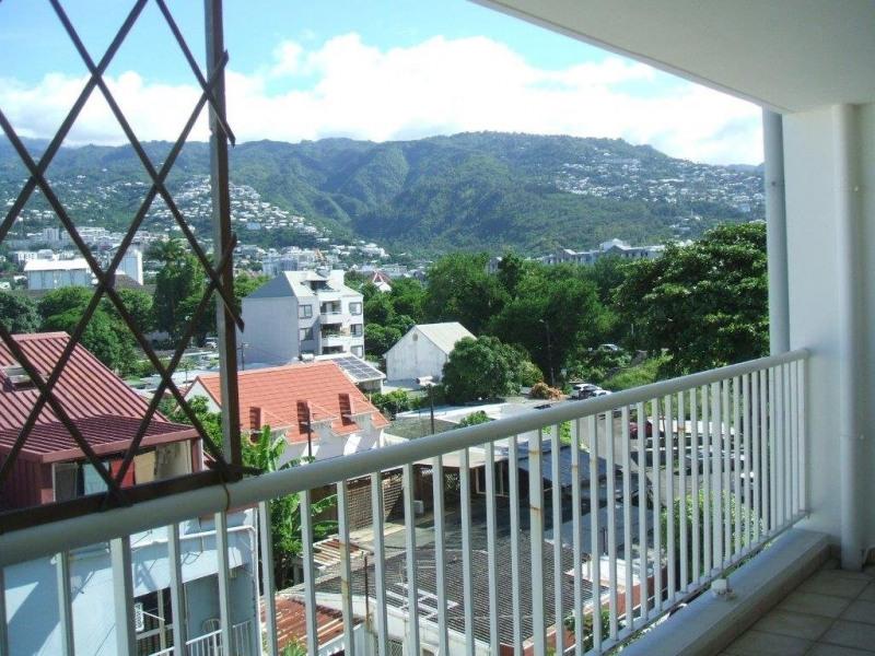 Verkoop  appartement Ste clotilde 220500€ - Foto 9