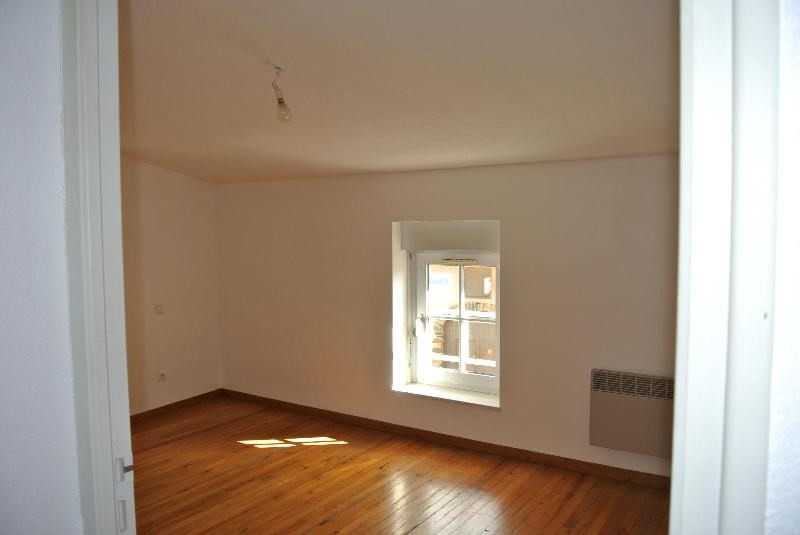 Location appartement St symphorien de lay 330€ CC - Photo 4