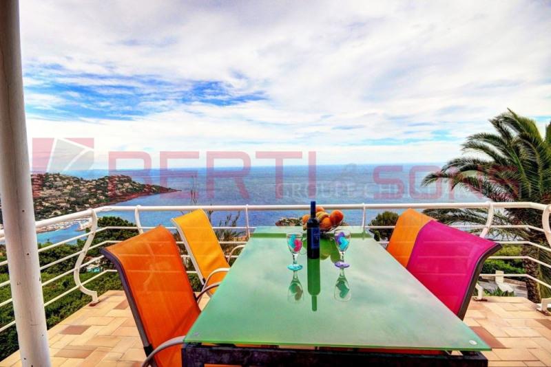 Vente de prestige maison / villa Le trayas 820000€ - Photo 1