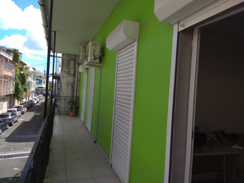 Vente immeuble Pointe a pitre 267 500€ - Photo 1