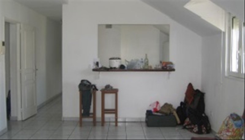Life annuity apartment St pierre 111 000€ - Picture 2
