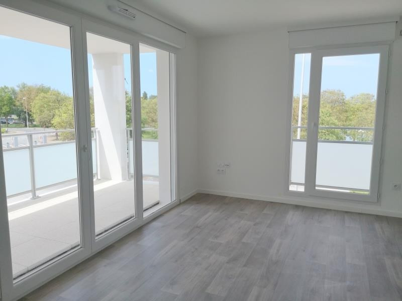Sale apartment Royan 221600€ - Picture 1
