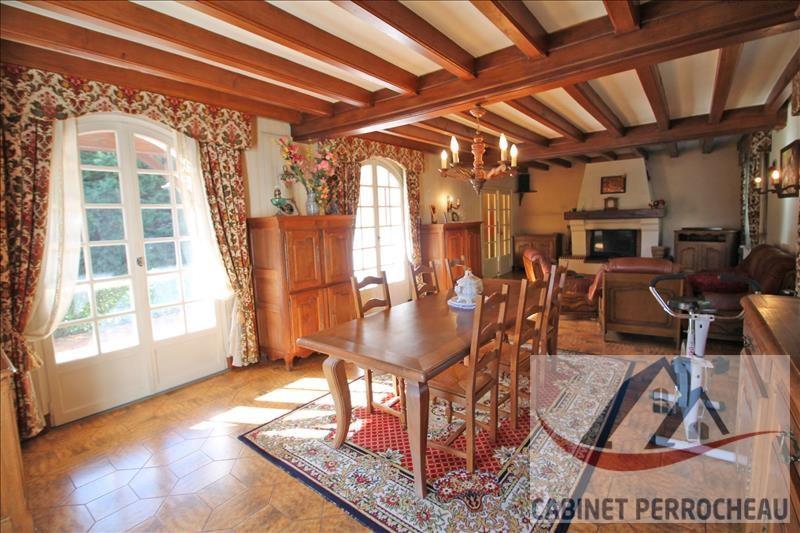 Sale house / villa La chartre sur le loir 274000€ - Picture 2