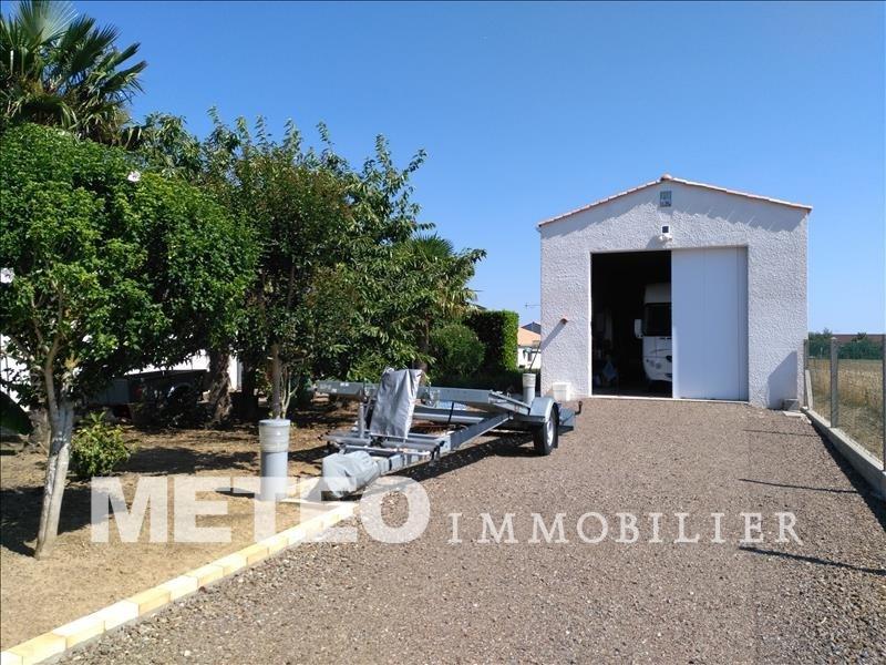Sale house / villa Chasnais 178840€ - Picture 2