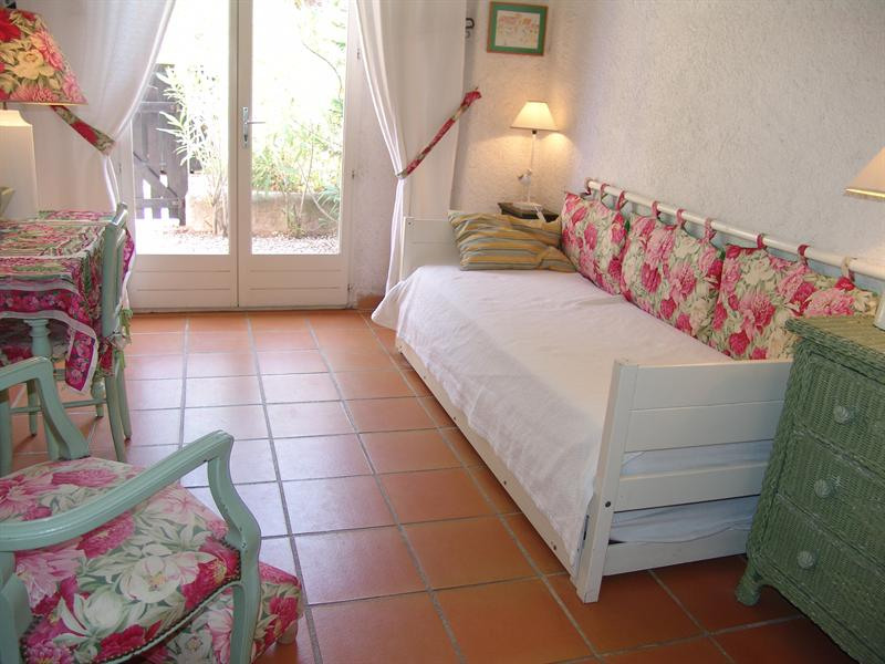 Vacation rental house / villa La croix valmer 770€ - Picture 11