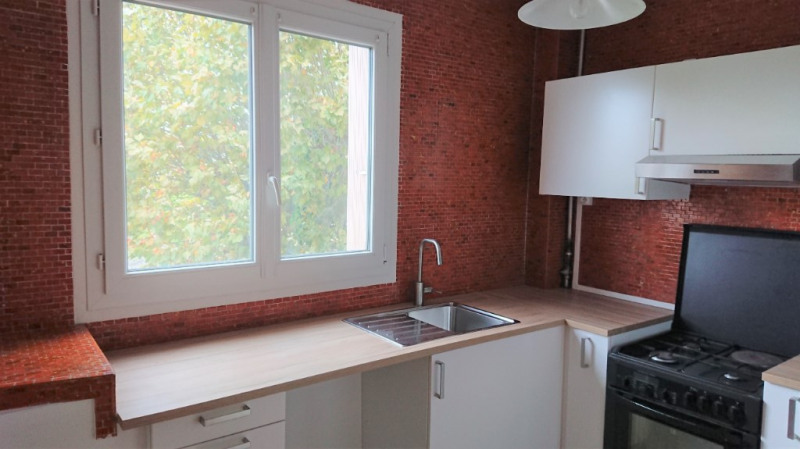 Rental apartment Marly le roi 1680€ CC - Picture 2