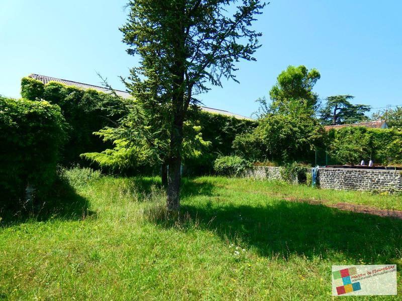 Sale house / villa Salles d'angles 418700€ - Picture 16