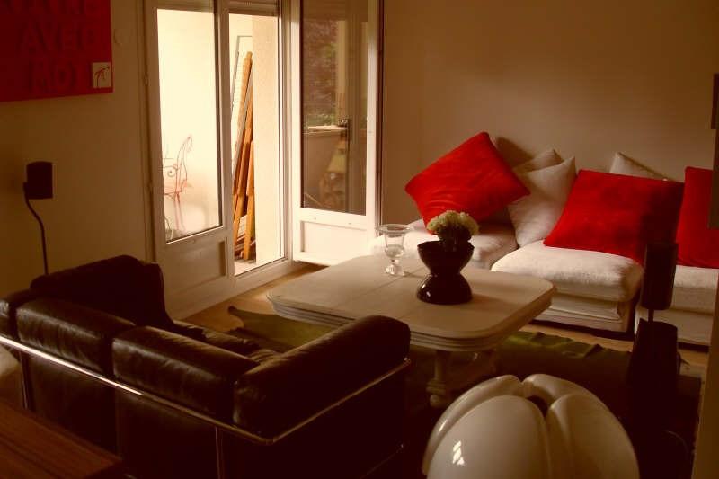 Sale apartment Montfort l amaury 310000€ - Picture 2