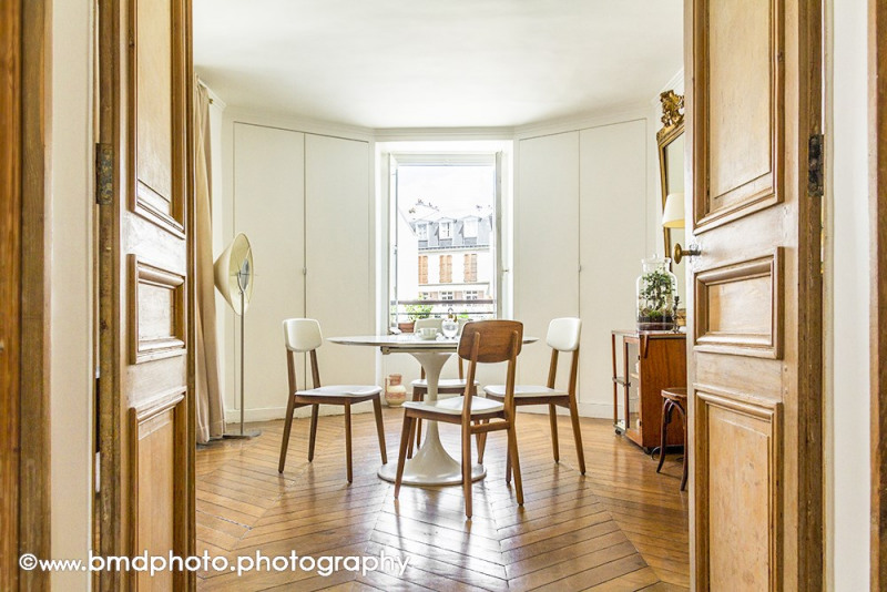 Deluxe sale apartment Paris 9ème 890 000€ - Picture 5