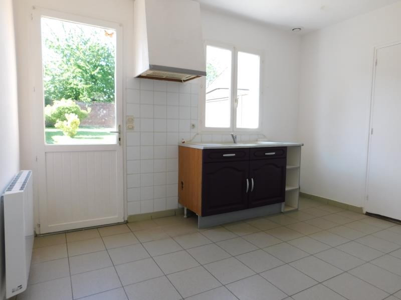 Sale building Tricot 166000€ - Picture 6