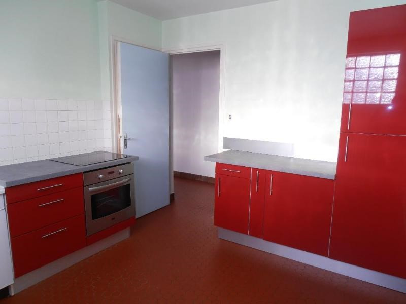 Rental apartment Maillat 616€ CC - Picture 2