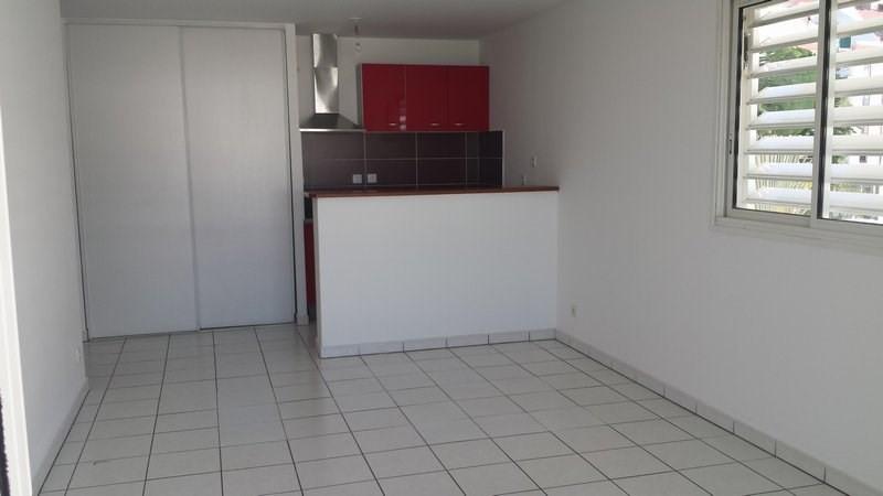 Location appartement St denis 601€ CC - Photo 4