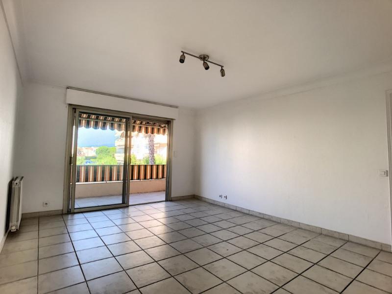Sale apartment Saint laurent du var 349000€ - Picture 2