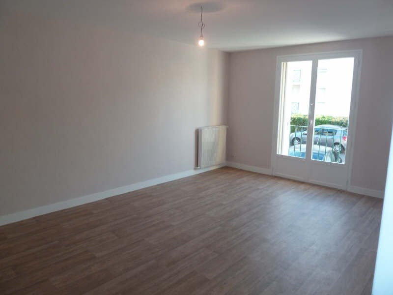 Rental apartment Andresy 609€ CC - Picture 2