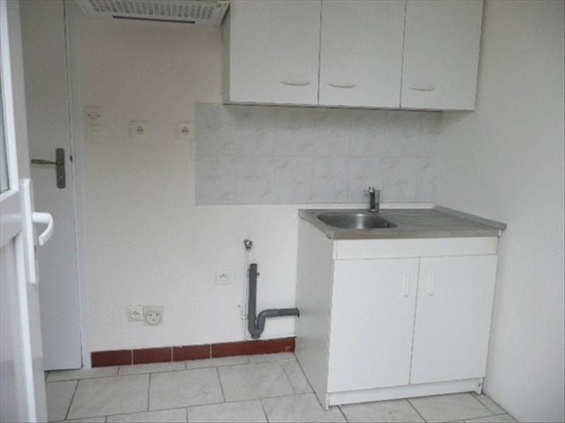 Rental apartment Aubigny sur nere 320€ CC - Picture 3