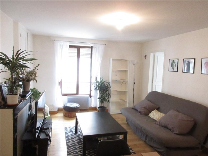 Rental apartment Voiron 565€ CC - Picture 1