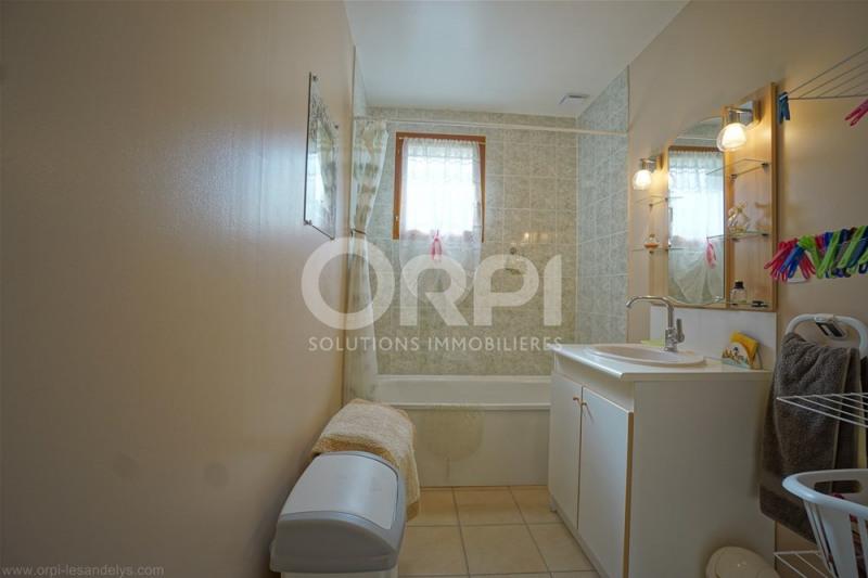 Sale house / villa Saint clair sur epte 175000€ - Picture 9