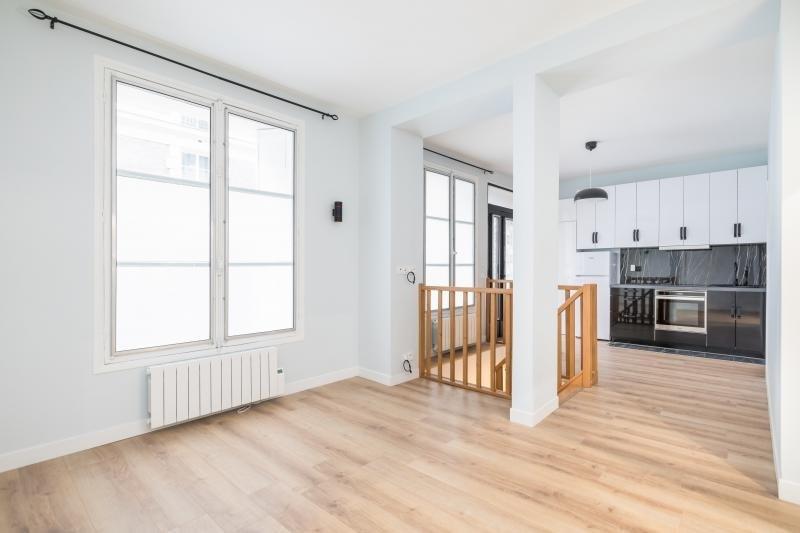 Sale apartment Paris 11ème 649000€ - Picture 1