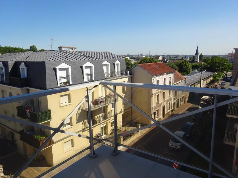 Rental apartment Gagny 960€ CC - Picture 2