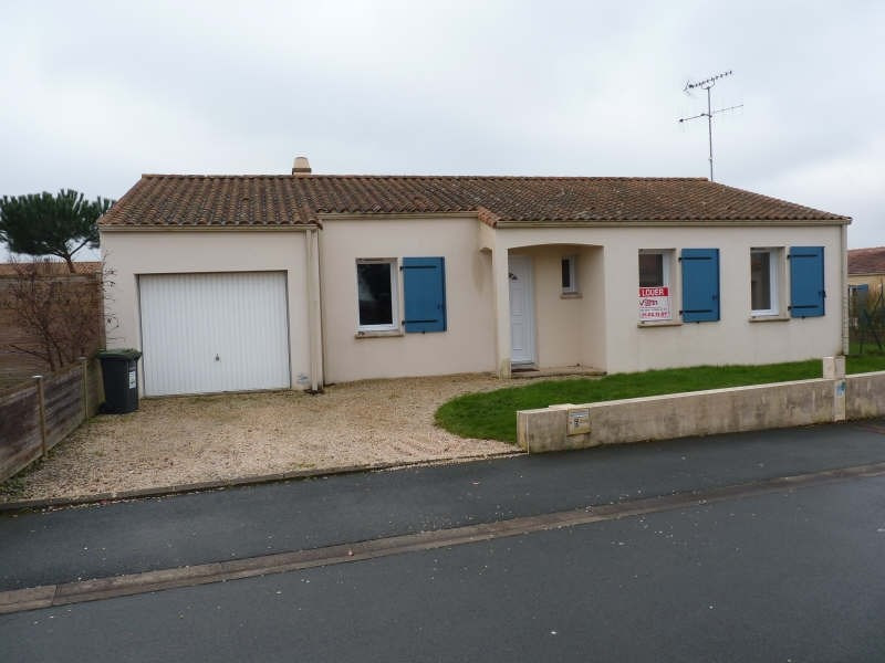 Location maison / villa Dompierre sur yon 690€ CC - Photo 1