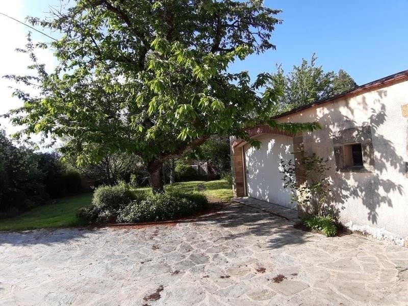 Sale house / villa Ygrande 101000€ - Picture 9
