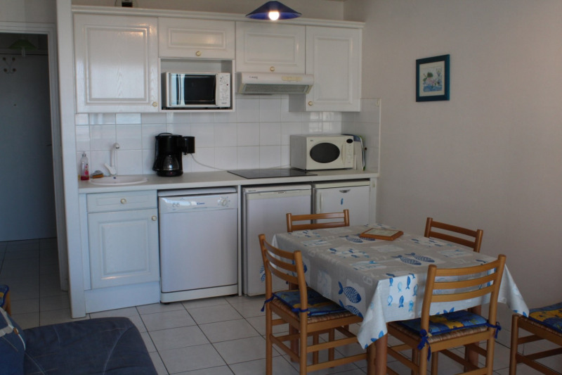 Vacation rental apartment Fort mahon plage  - Picture 6