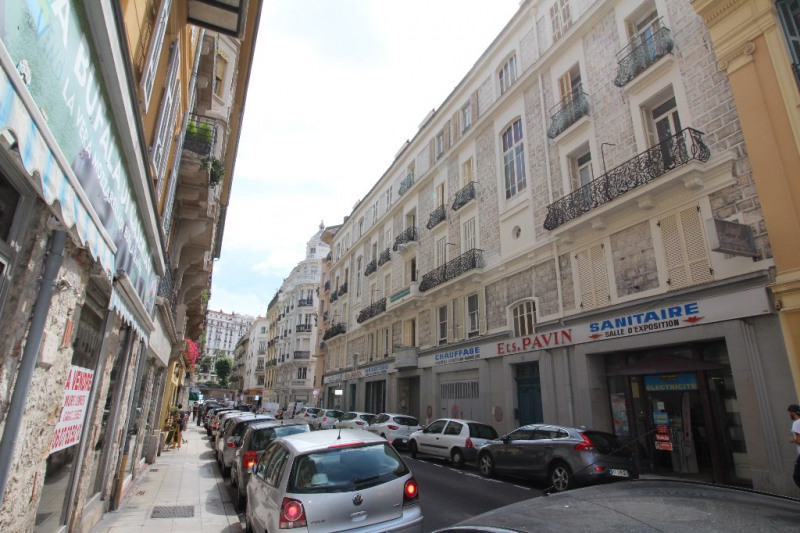 Location local commercial Nice 8 500€ CC - Photo 1