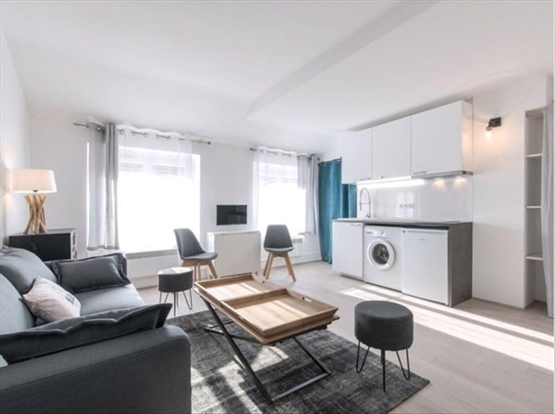 Rental apartment Lyon 7ème 757€ CC - Picture 2