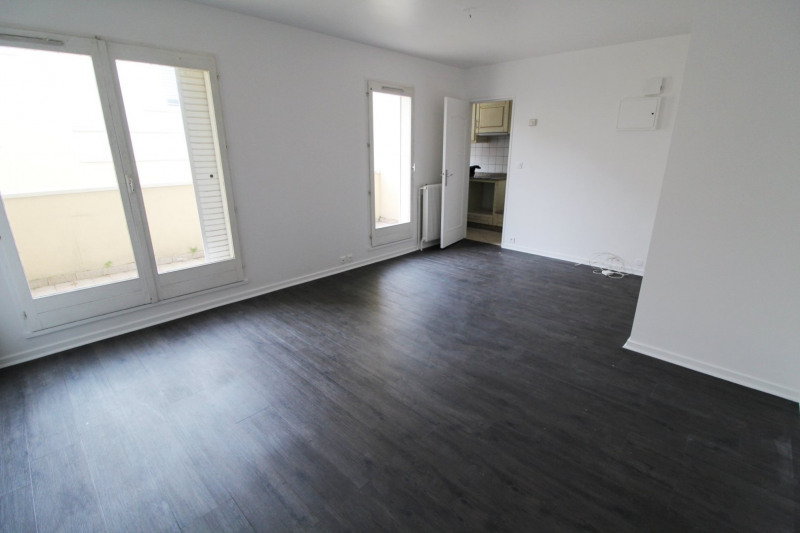 Rental apartment Maurepas 659€ CC - Picture 1