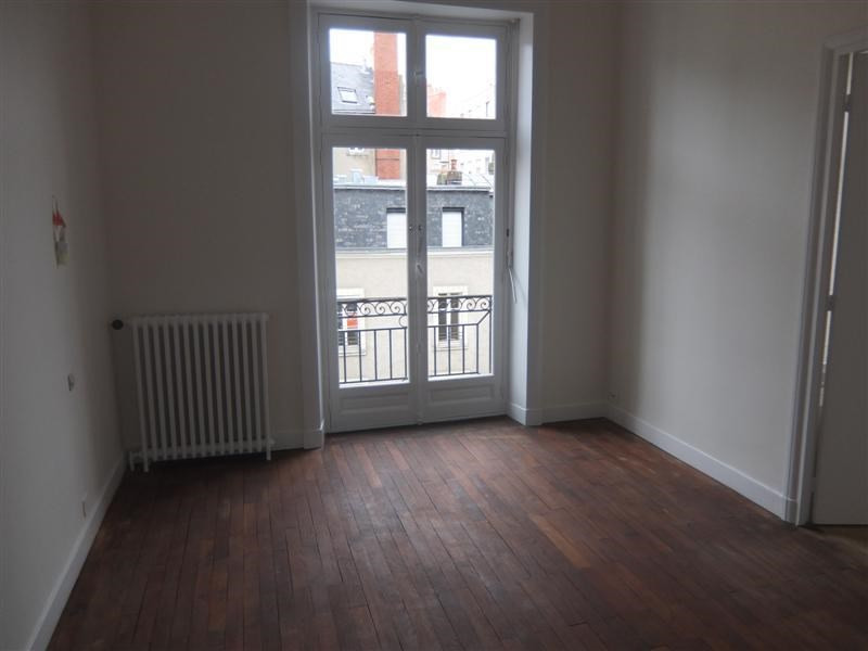 Location appartement Nantes 941€ CC - Photo 7