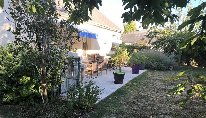 Sale house / villa Châlons-en-champagne 238000€ - Picture 1