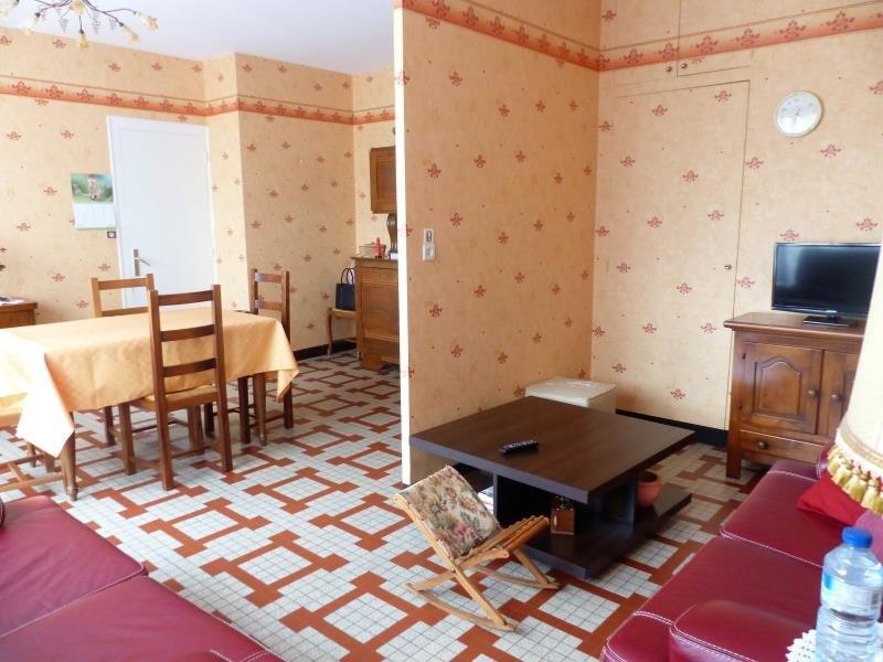 Vente maison / villa Montournais 102600€ - Photo 2