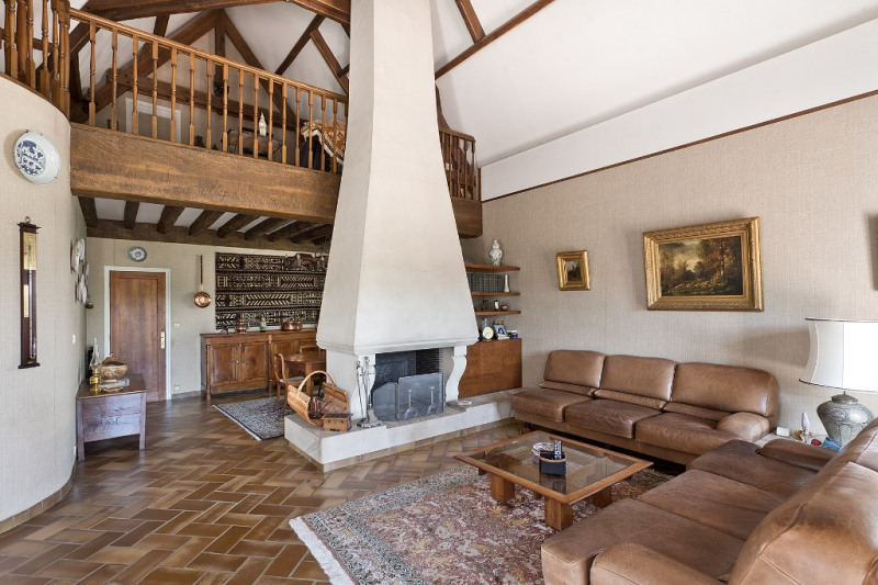 Maison Contemporaine 7 pièce (s) 388 m²