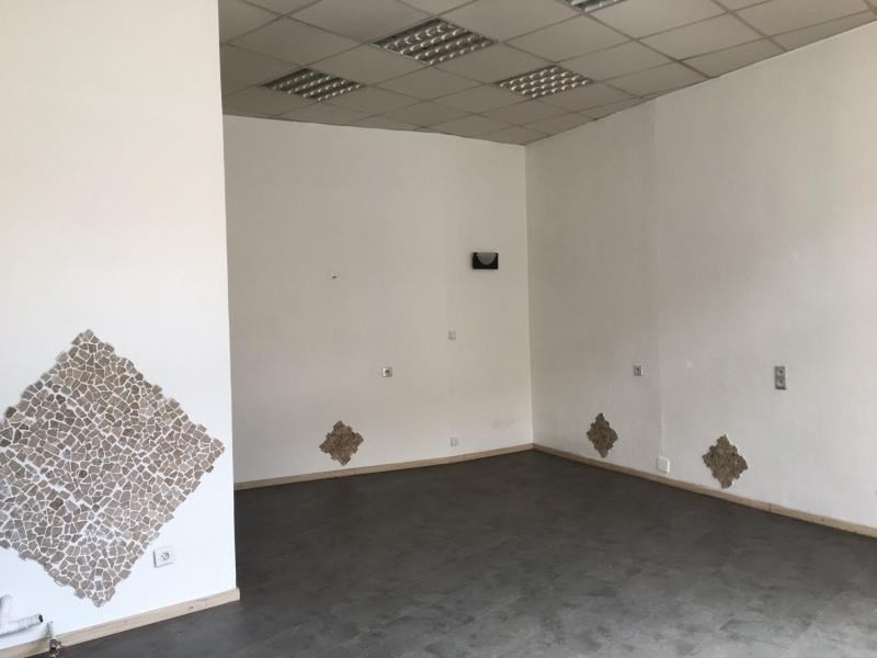 Rental empty room/storage Ste colombe 480€ HT/HC - Picture 2