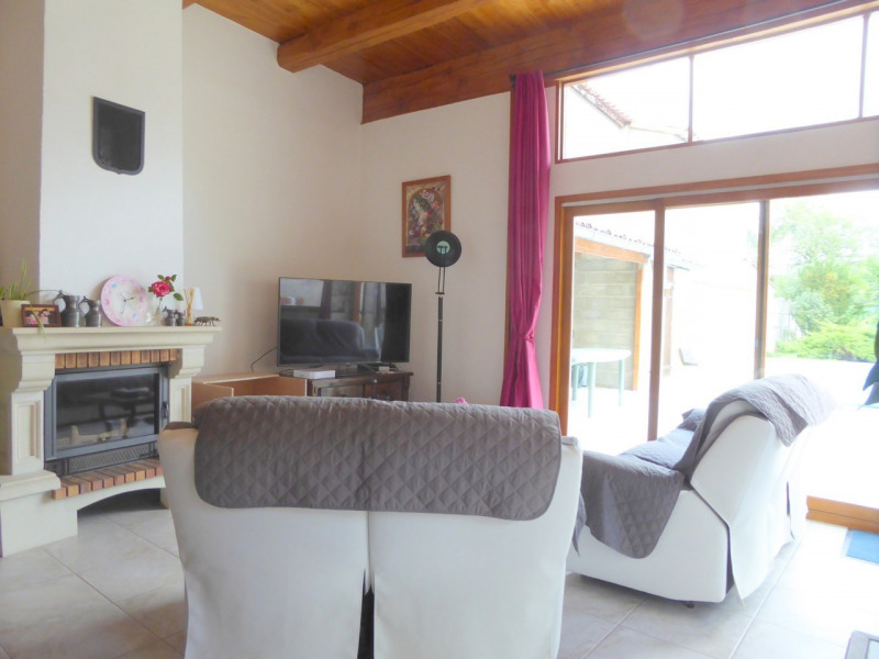 Vente maison / villa Bassac 272 900€ - Photo 5