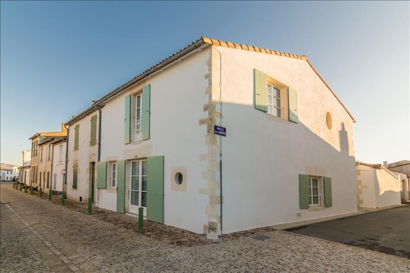 Deluxe sale house / villa La flotte 936000€ - Picture 1